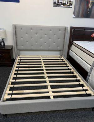 brand new modern queen platform bed for Sale in Carrollton, TX