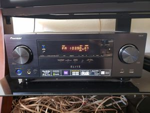 Pioneer vsx-44 elite with klipsch surround and sub for Sale in Columbus, OH
