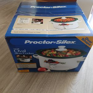 (NEW) 3.5 Qrt Oval Slow Cooker Crock Pot for Sale in Kent, WA