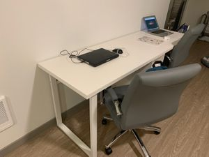 Desk for Sale in Bothell, WA
