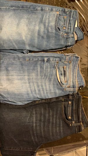 Pantalones Levi's y Express for Sale in Farmers Branch, TX
