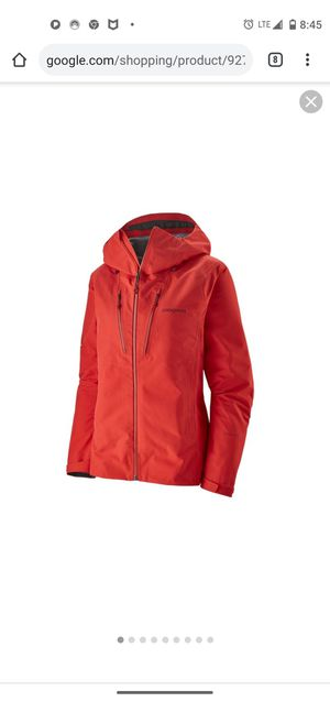 Patagonia Women's Triolet Jacket - Rain & Waterproof Jackets - Red for Sale in Federal Way, WA