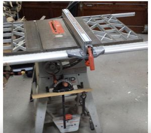 """Ridgid Deluxe 10"""" Cast Iron Belt Drive Table Saw for Sale in Riverside, CA"""