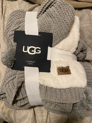 Ugg throw blanket for Sale in Federal Way, WA