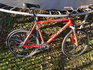 Trek 6500 Mountain Bike Bicycle for Sale in Johnsburg, IL