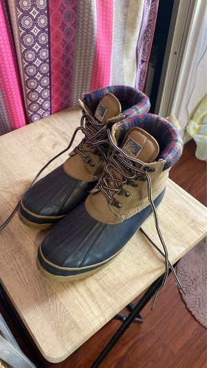 Size 8 work boots for Sale in Palo Alto, CA