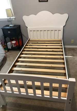 Twin size bed for Sale in Smyrna, TN