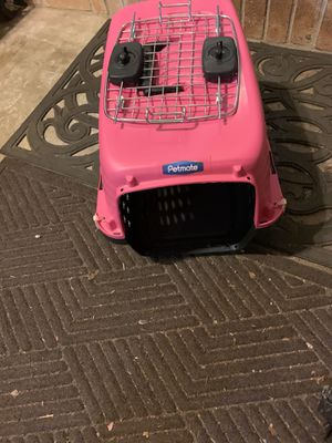 Pink petmate carrier for Sale in Covington, GA