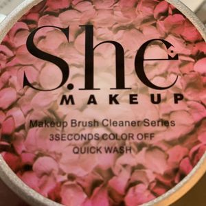 She Makeup Brush Cleaner for Sale in East Los Angeles, CA