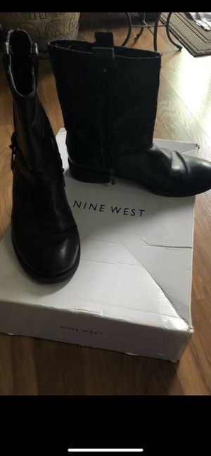 Une west boots size 7 for Sale in San Diego, CA