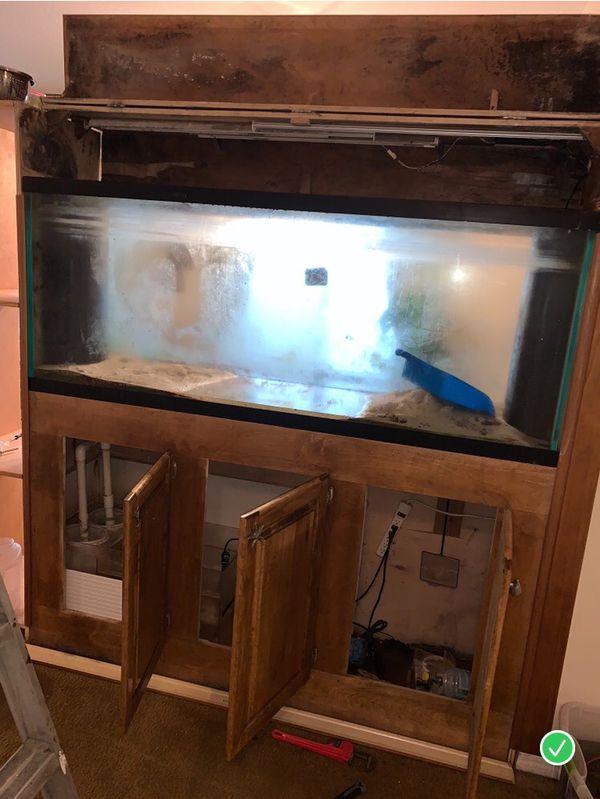 170 gallon Saltwater Fish Tank