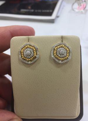 10 K Y Diamond Earrings 0.65 ct for Sale in Plano, TX
