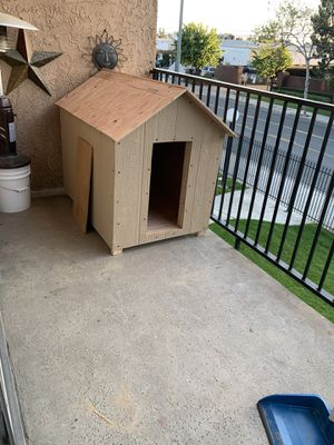 Dog house for Sale in Tustin, CA
