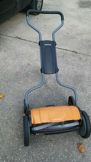 Lawn mower for Sale in Temple Hills, MD