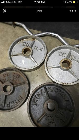 Olympic weights ( wanting you trade for 80lb dumbbells) for Sale in Riverside, CA