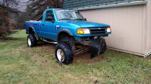 Ford ranger mud truck for Sale in Koppel, PA