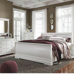 BEDROOM SET: QUEEN BED +DRESSER+NIGHTSTAND SKU#TCB129-SET for Sale in Santa Ana,  CA