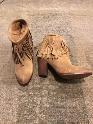 Frye fringe ankle suede boots size 8.5 for Sale in Elmhurst, IL