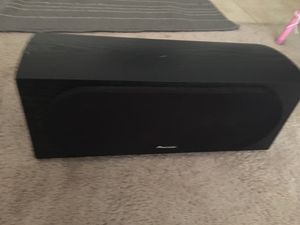 Polk audio bookshelf speaker and Pioneer center channel - $100 (Reston) price reduced $80 for Sale in Herndon, VA