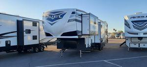 Fifth wheel toy hauler for Sale in Mesa, AZ
