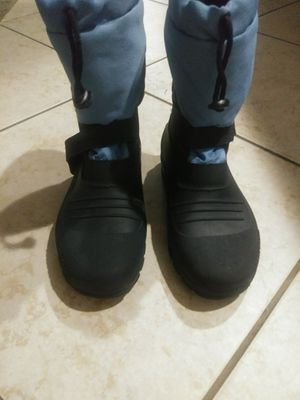 Kids snow boots size 3 for Sale in Katy, TX