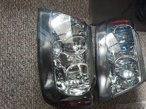 Jeep Grand Cherokee Headlights for Sale in Port Huron, MI