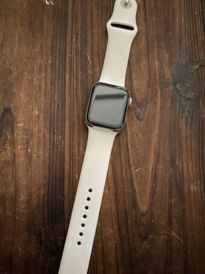 Apple Watch series 5 GPS + cellular for Sale in Puyallup, WA