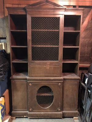Antique china hutch cabinet for Sale in Rossmoor, CA