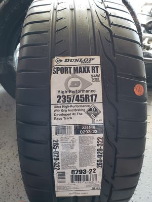 Dunlop Sport Maxx RT 235/45r/17 tire for Sale in San Diego, CA