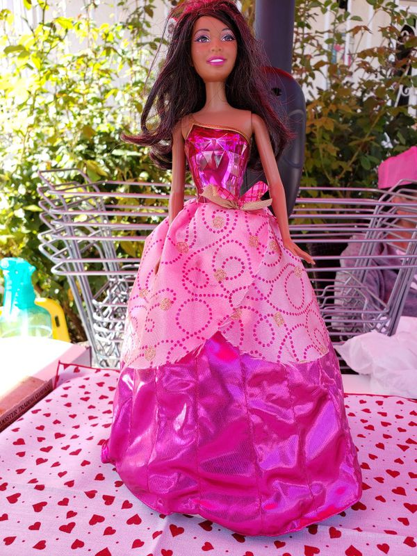 Barbie doll jewel top and wind up gown