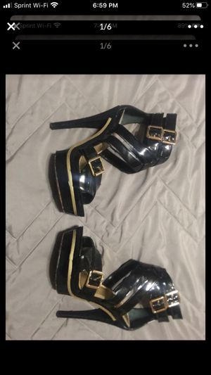 BeBe heels free for Sale in Chicago, IL