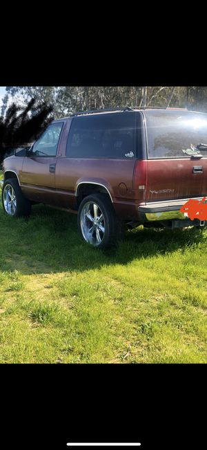 GMC Yukon for Sale in Fresno, CA
