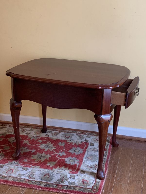Small Elegant Cherry Console Side Table