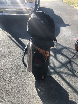 Affinity cart bag and golf club set for Sale in Brentwood, PA