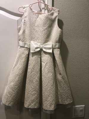6 girl dresses size 8 and 10/12 and 1 jean jacket for Sale in La Habra, CA