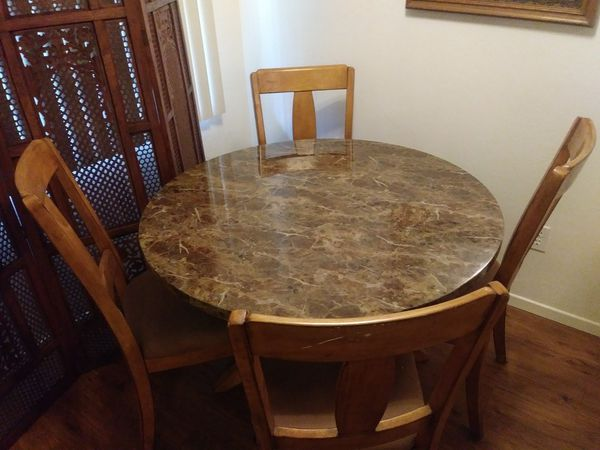 Wood and formica dining room table 36 + 1/2 by 30 inches tall