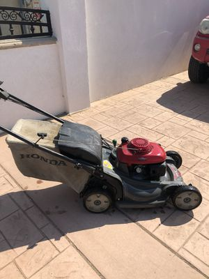 Honda Commercial Lawn Mower 217 for Sale in Norco, CA