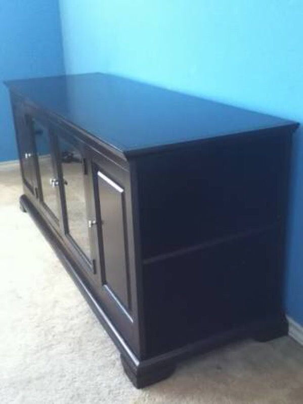 TV STAND FOR YOUR BIG FLAT SCREEN TV NEW