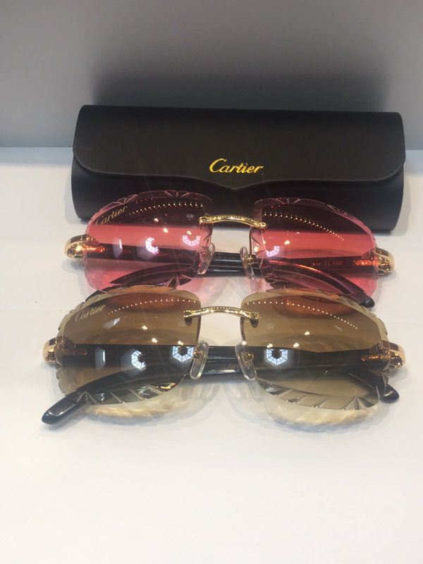 88d77364c9 White Buffs Diamond Cut Cartier Glasses for Sale in Detroit