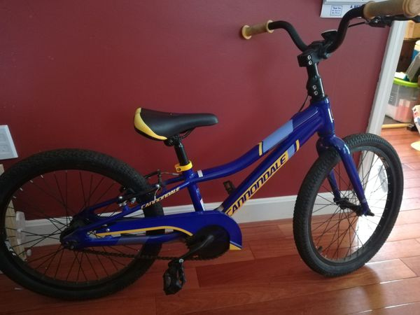 """Cannondale 20"""" bike, excellent condition and used sparingly. Single speed"""