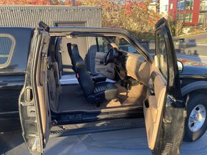 "Ford Ranger XLT ""4x4 Off-Road"" 4-door - one owner for Sale in Seattle, WA"