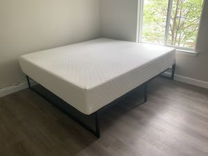 King size Mattress (used only 10 days) for Sale in Cranbury Township, NJ