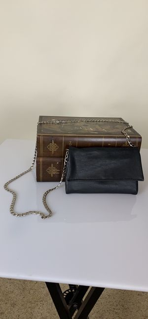 Black faux leather bag / wallet for Sale in Creedmoor, TX