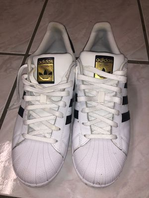 ADIDAS SUPERSTAR SIZE 10 for Sale in Baton Rouge, LA