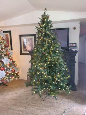 Árbol de navidad for Sale in Irving, TX