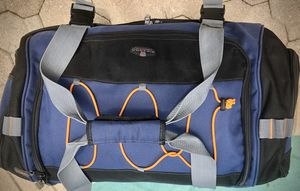 """Ricardo Beverly Hills 30"""" Rolling Duffle With Backpack 🐾 Adjustable Straps, Backpack Straps, Wheels/Rolling (all together this bag has 7 storage c for Sale in Pembroke Pines, FL"""