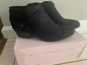 Black ankle boots for Sale in Ringgold, GA