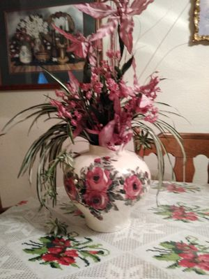 Large Flowered Vase for Sale in Visalia, CA