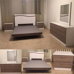 Queen Bedroom Set NEW for Sale in North Miami Beach, FL