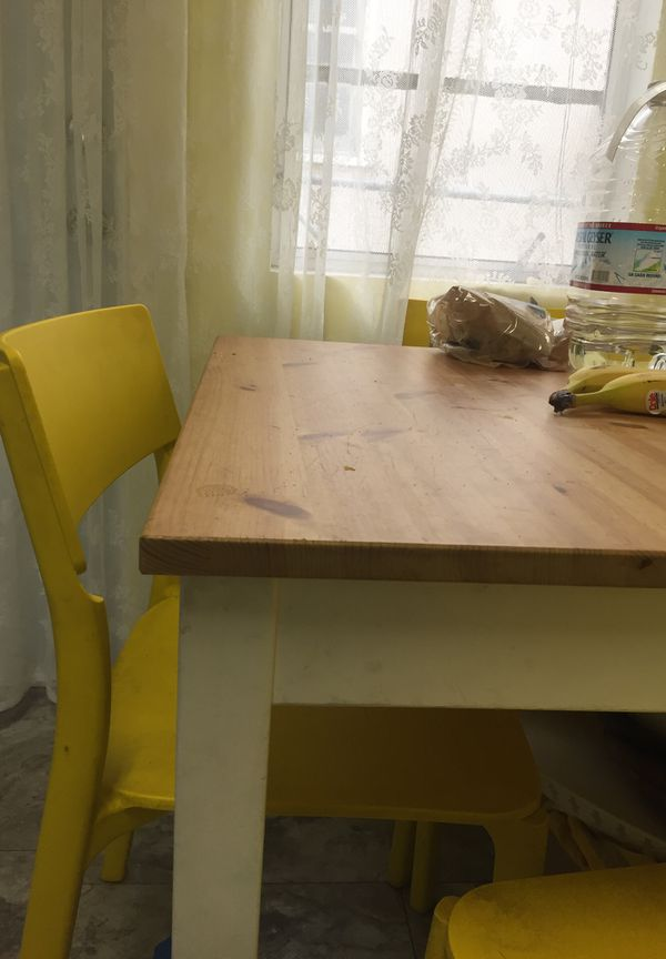 """IKEA small dining table 30""""/30""""/30"""""""